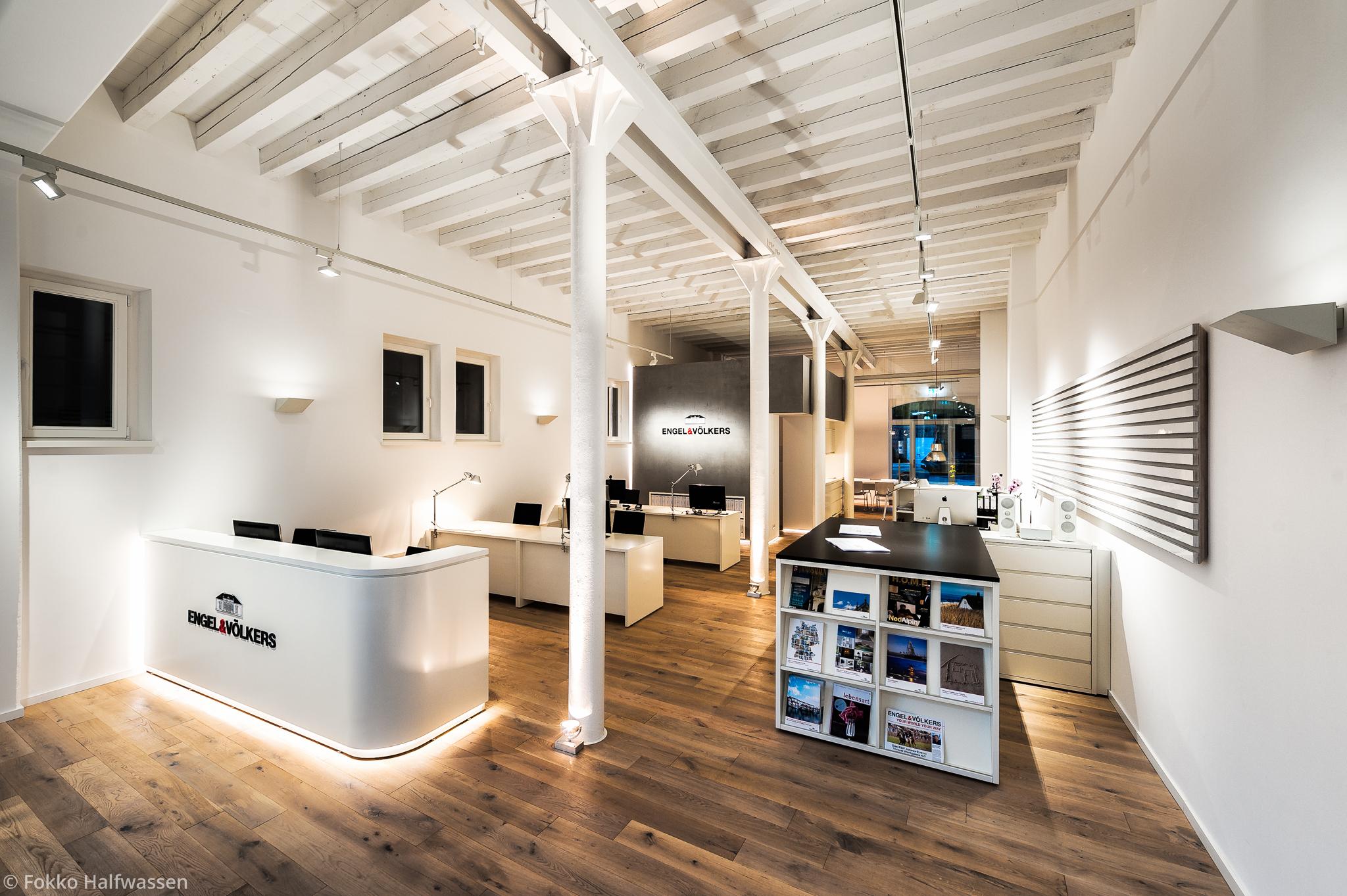 engel v lkers evers akzente marketing event. Black Bedroom Furniture Sets. Home Design Ideas
